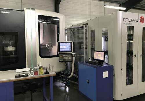 Courses X600 - Y450 - Z500mm 18 000tr/min - 60 Outils - Arrosage 40 bars Robot EROWA MULTI 50 palettes